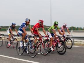 Leopard Trek's Fuglsang sports red jersey in La Vuelta 11 openingday